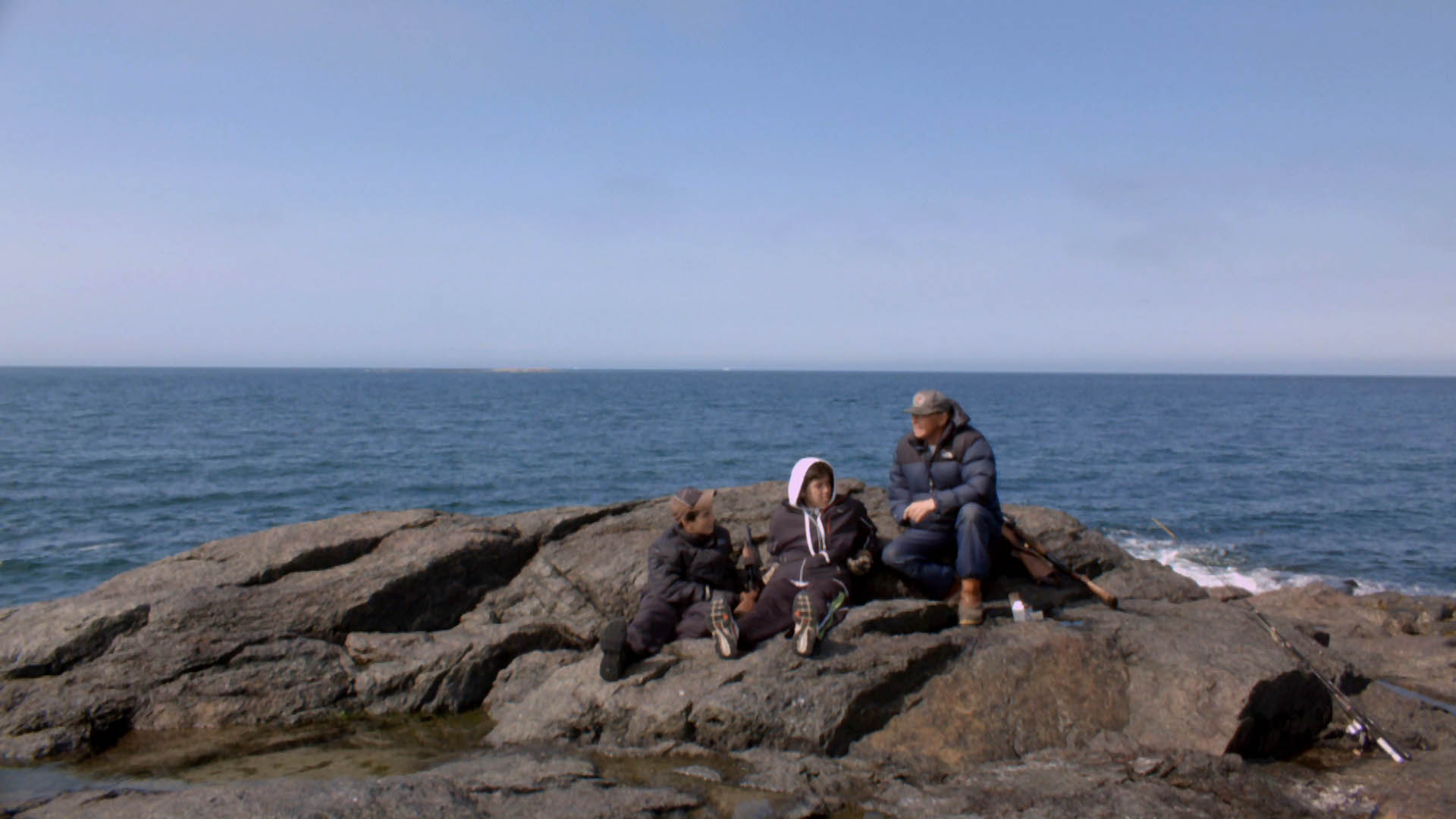 deux-vies-inuit-Johnny et enfants
